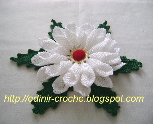 Crochet flower + video tutorial, .. #inspiration_crochet #diy GB ...