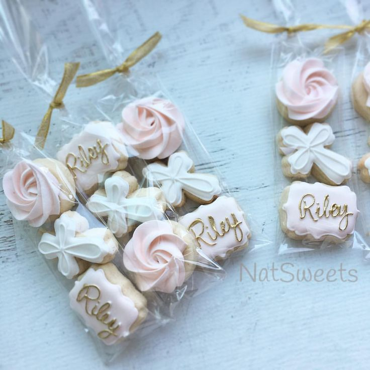 "115 Likes, 4 Comments - Natasha (@natsweets) on Instagram: ""Mini Baptism Favors  #oppsineedtofixthatsidewayscookie """