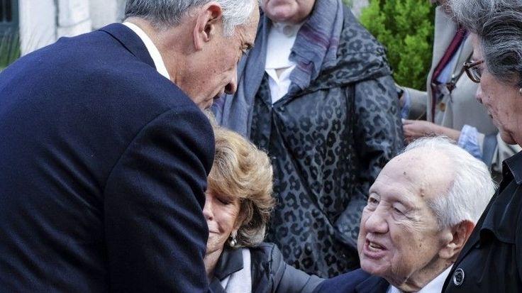 Marcelo visitou Mário Soares em casa - Observador