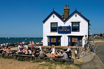 Old Neptune - Whitstable great place for bands or just relaxing