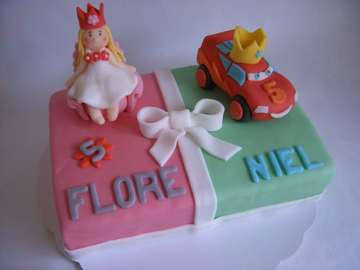 Princess / Cars Lightning McQueen birthday cake for twins http://alatarte.wix.com/alatarte