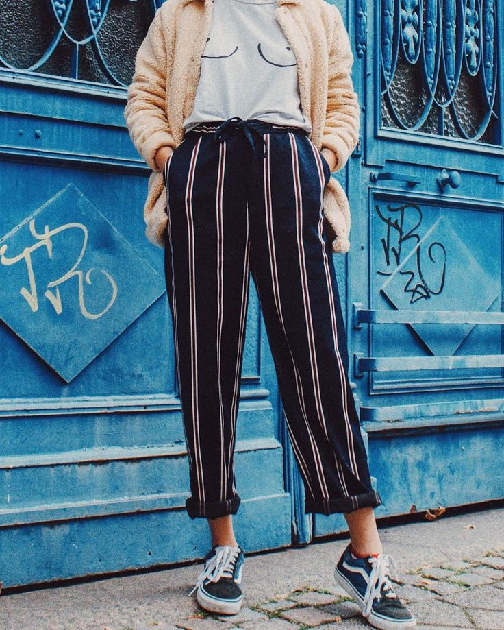 Light Before Dark Mensy Tie Straight Trousers | Urban Outfitters | Women's | Bottoms | Trousers via @giselaisback #UOEurope #UrbanOutfittersEU #UOonYou