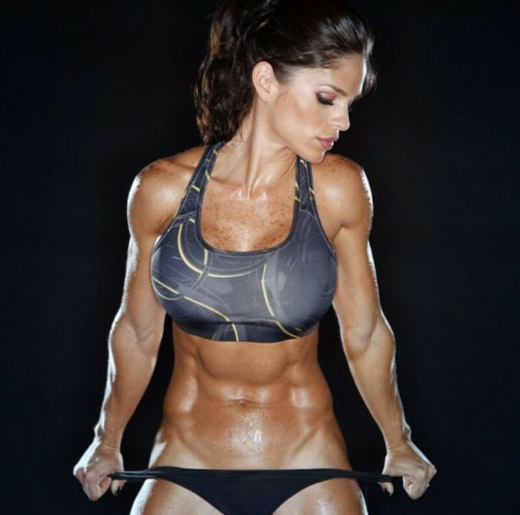 Michelle Lewin Wows In A Tiny G String Swimsuit At The Beach