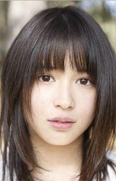 真実一郎のアイドル★ベンチマーク (11) 10年後が楽しみな、ハーフじゃないのにハーフ顔の美少女 - 広瀬アリス   マイナビニュース