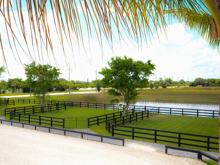 Evermore Farm - spectacular equestrian facility in Wellington, FL - fencing
