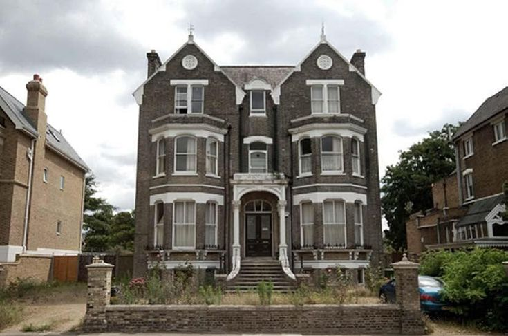 17 best images about houses on pinterest terrace house for Victorian house facts