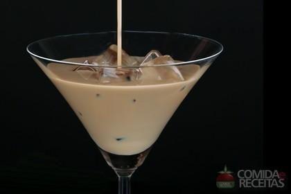 Receita de Batida de amarula em receitas de bebidas e sucos, veja essa e outras receitas aqui!