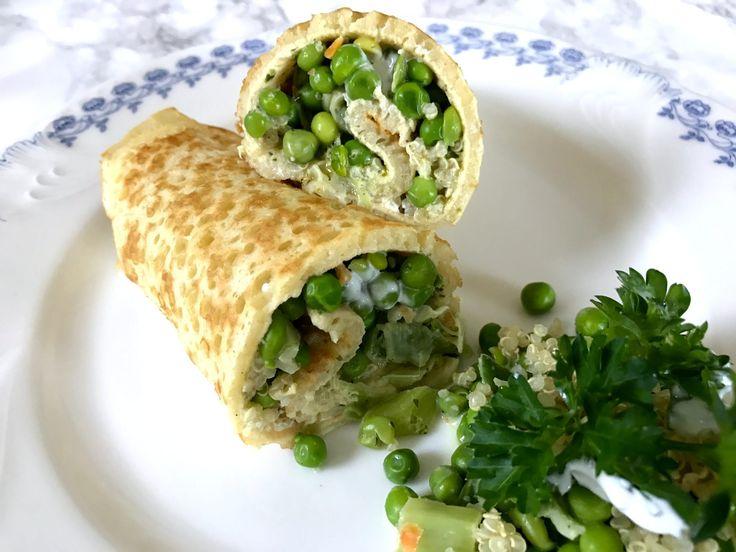 Happy Pancake Time!!!! Pfannkuchen gibt's im Schwabenländle klassisch mit Erdbeermarmelade oder in der herzhaften Variante als Frittaten- bzw. Flädlesuppe. Doch heute ist alles anders 😀 Denn im Kühlschrank steht eine Schüssel Quinoa vom Vortag und wartet darauf verarbeitet zu werden. Wieso also nicht ein Pfannkuchen-Wrap daraus zaubern?! Mit etwas Gemüse, veganer Creme Fraiche und grünem …