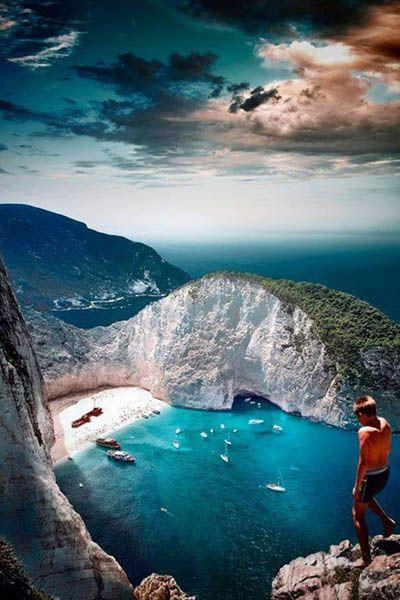 参考にしたい旅行のイメージまとめ 紅の豚の舞台!難破船が眠るビーチ『ナヴァイオビーチ』