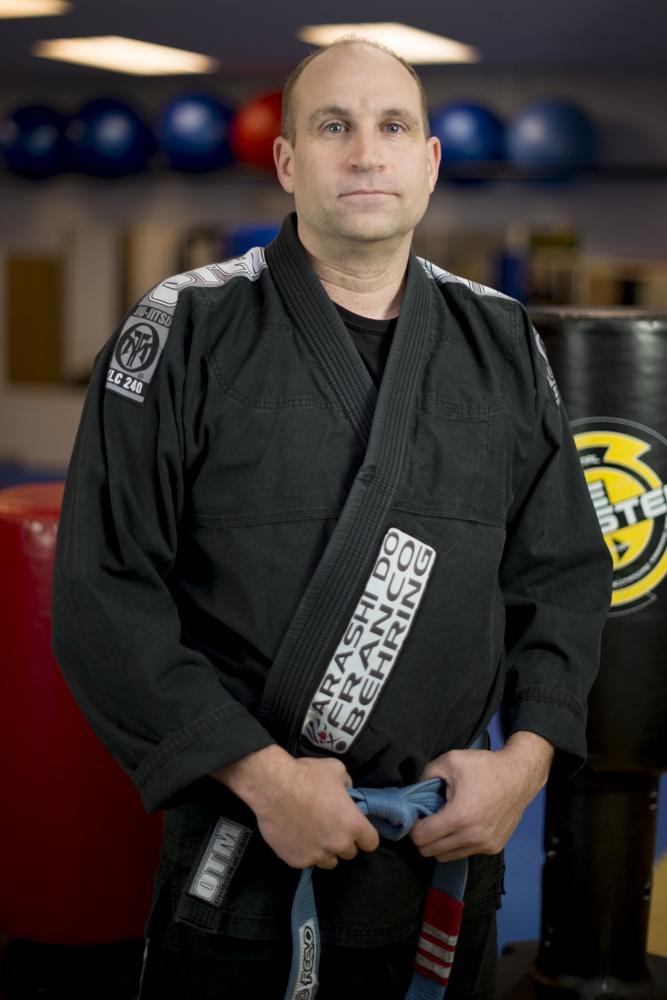 Mike Bonde, Blue belt under Master Sylvio Behring, certified instructor Brazilian Jiu Jitsu