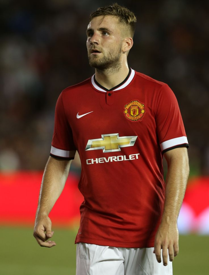 Luke Shaw cannot wait to make his debut and then mount a championship bid with his new club Manchester United.