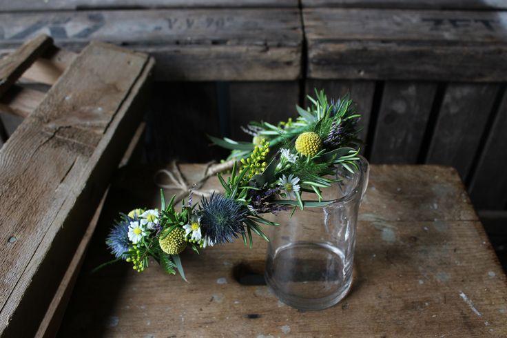 Textured floral crown - www.theflowermilldraycott.co.uk