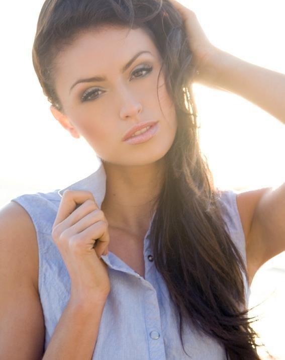 Get the look...Chloe  www.yvettegray.com.au www.facebook.com/YvetteGrayMakeupHairArtist