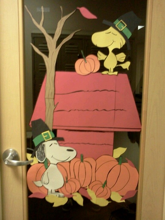 Decorating Ideas > 25+ Best Ideas About Thanksgiving Classroom Door On  ~ 195544_Thanksgiving Decorations Made From Construction Paper