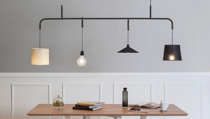 Vialattea is een hanglamp voor hen die niet kunnen kiezen. Als je op zoek bent naar een lamp met een uniek karakter, of liever gezegd, unieke karakters dan is deze hanglamp voor boven de eettafel.