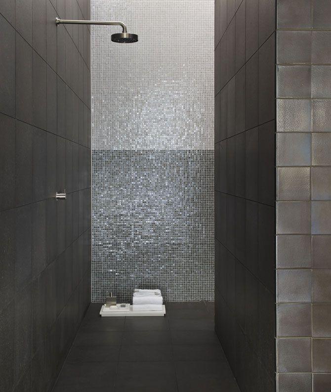 Meer dan 1000 idee n over moza ek badkamer op pinterest achterwand tegel moza ektegels en - Idee al italiaanse douche ...