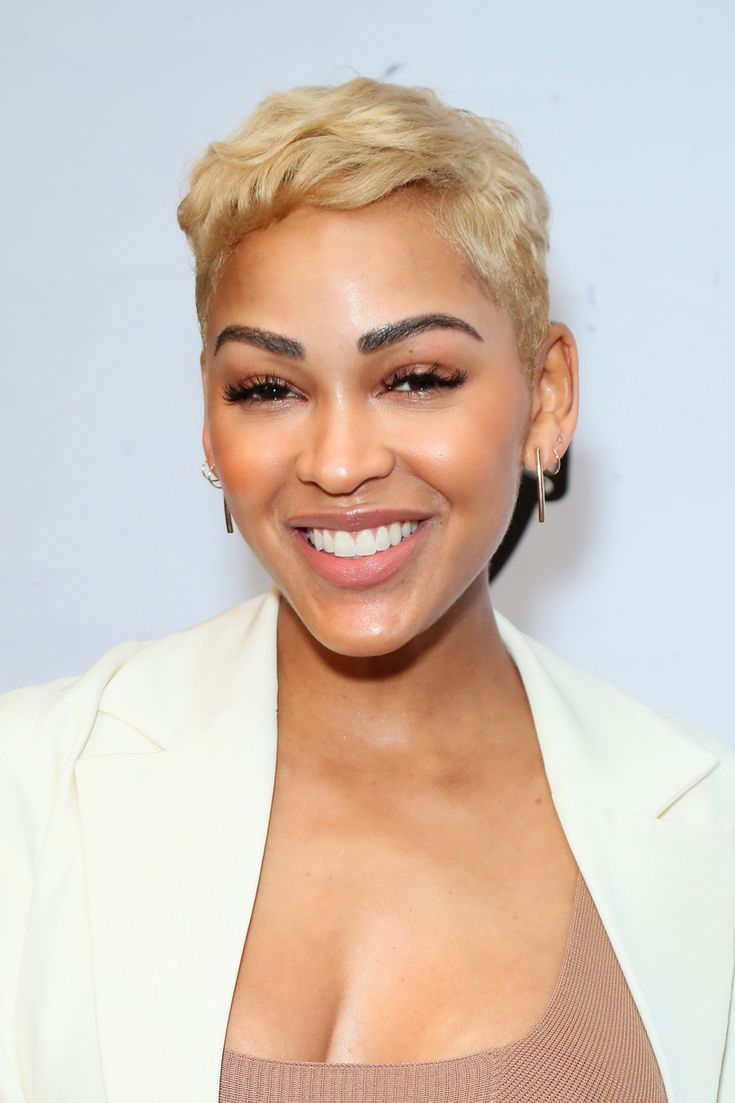 12 Short Hairstyles for Women Over 12 That Are Cool Forever