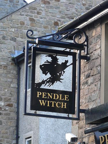 Pub Sign - Pendle Witch, Penny Street, Lancaster, England 110102