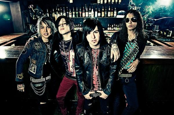 Escape the Fate~ Issues: Banda S2, Bands Obsession, Fav Bands, Favorite Bands, Escape The Fate, Music Bands, Amazing Bands, Awesome Bands, Bands Save