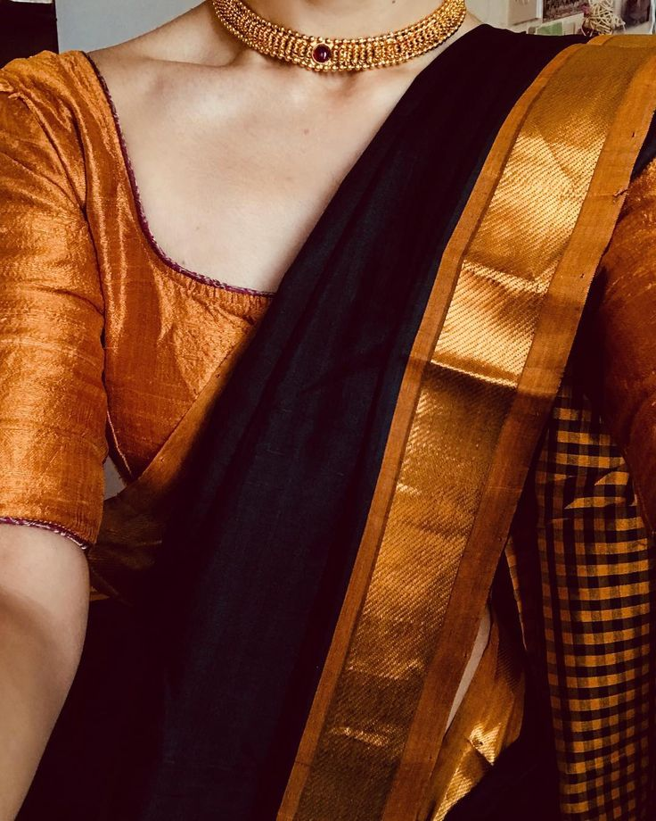 """2,429 Likes, 1 Comments - Margazhi (@margazhidesigns) on Instagram: """"#classicsdaily Silk Cotton - A Black & Gold checked affair, exquisite in its simplicity.…"""""""
