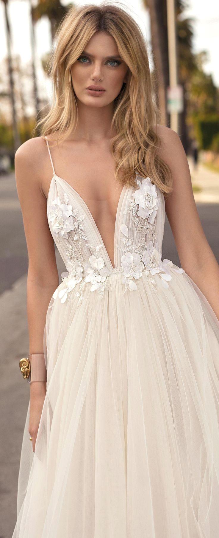 Romantic Bridal Dresses #bridaldresses  Kleid hochzeit, Kleider