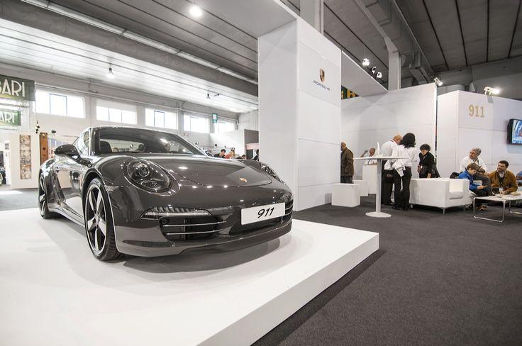 Allo stand Porsche la 911 modello speciale per i 50 anni 911