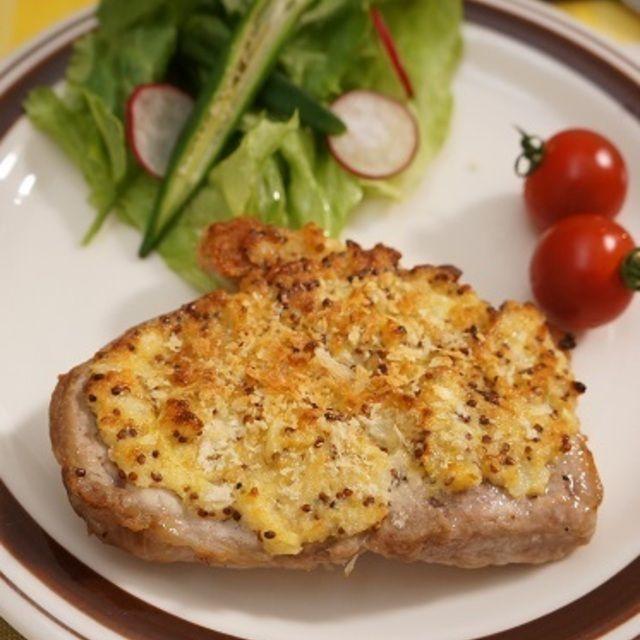 とんかつ用豚肉で粒マスタードタルタルステーキ