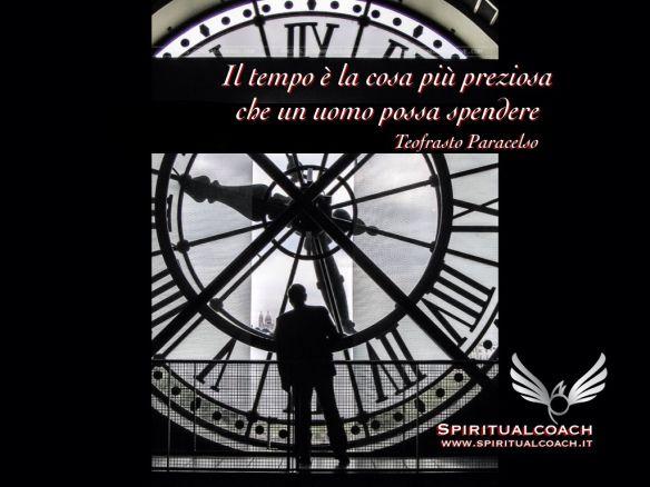 Il tempo che dedichi agli altri scorre sul tuo orologio, senza più tornare indietro. Ciò che dai a loro sarà ciò che ritorna a te, nell'esatta forma in cui l'hai donato. Fai in modo che sia tempo di qualità, condivisione, abbondanza, armonia, piacere, gioia, felicità e ricco di tutte le meraviglie che vuoi ottenere. Tic Tac Tic Tac … Accorgiti!