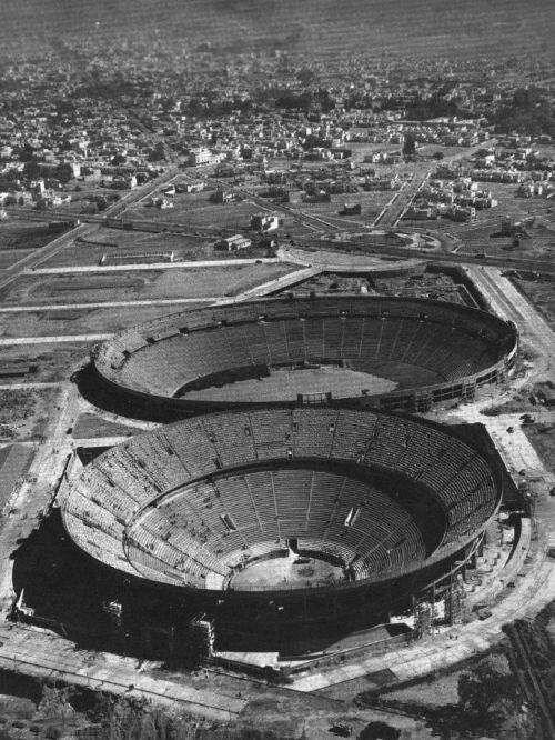 Aerial view of bull ring and estadio azul ciudad de los for Puerta 7 palacio delos deportes