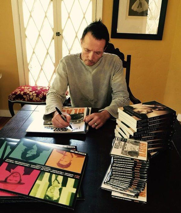 March, 2015. Scott Weiland signs Blaster and other stuff for fans. (source @WildaboutsBand on twitter)