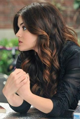 Aria's hair!! I LOVE it!!! <3