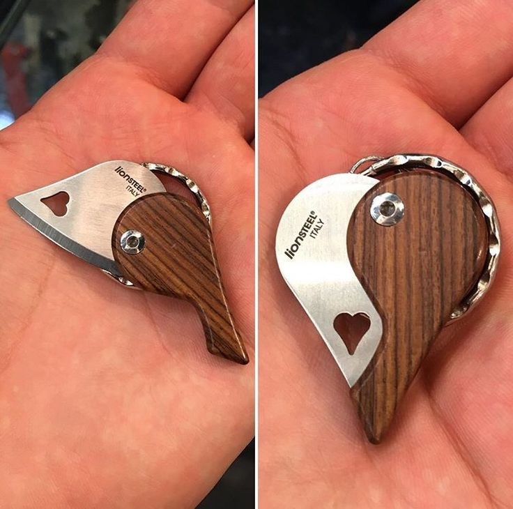 When I have a woman to buy gifts for I'm definitely getting her this. If that never happens (likely) I will get it for my daughter when she's old enough❤️ https://www.etsy.com/listing/461989982/custom-fixed-blade-knife-handmade-sheath?ref=shop_home_active_2