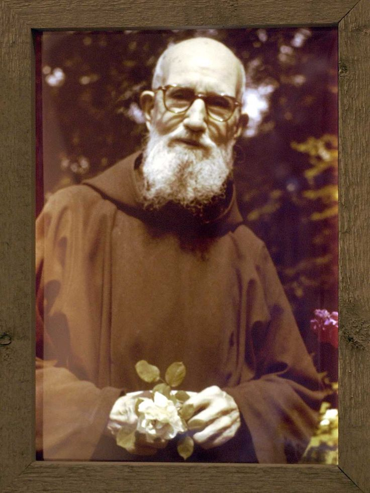 Detroit priest Casey one step closer to sainthood Father