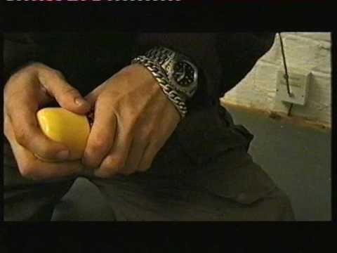 Banksy nel 1995: una rara intervista video   Artribune