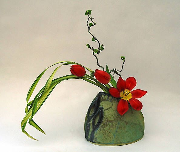2271 best ikebana ideas images on pinterest floral arrangements flower arrangements and. Black Bedroom Furniture Sets. Home Design Ideas