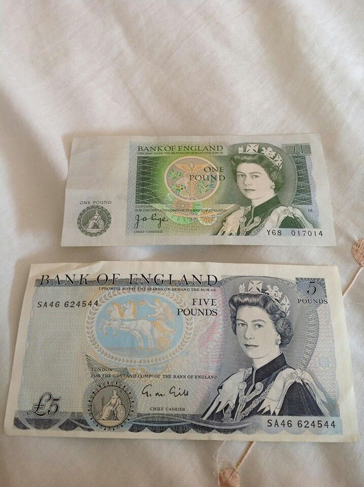 We called pound notes green backs . If u had one you felt like Charlie big potatoes