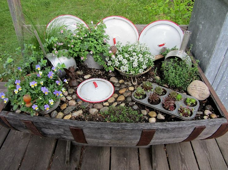 Micro Garden Ideas colander planters are perfect for outdoor table settings as a feature display pop in some Kitchen Fairy Garden