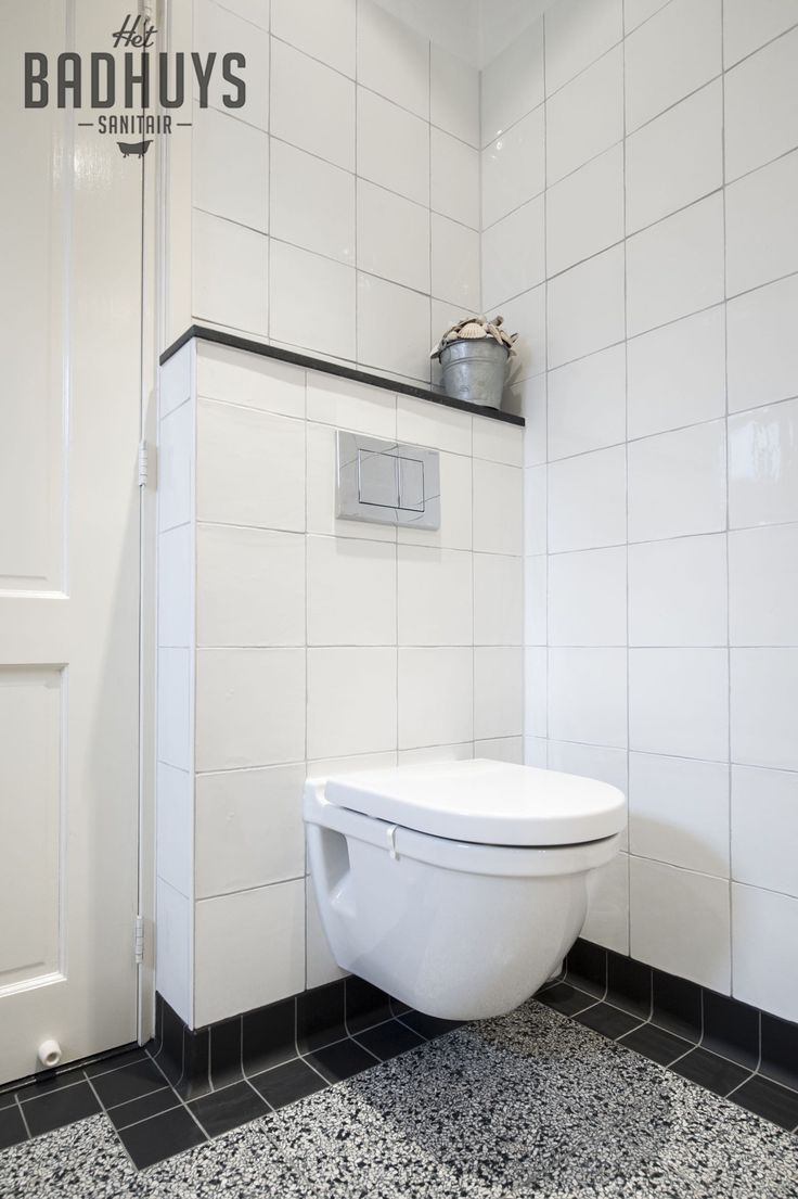 Klassieke badkamer met terrazzo vloer, Het Badhuys   Het Badhuys
