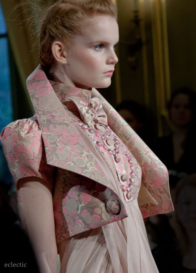 Jantaminiau - Couture - Spring Summer 2013 - Paris