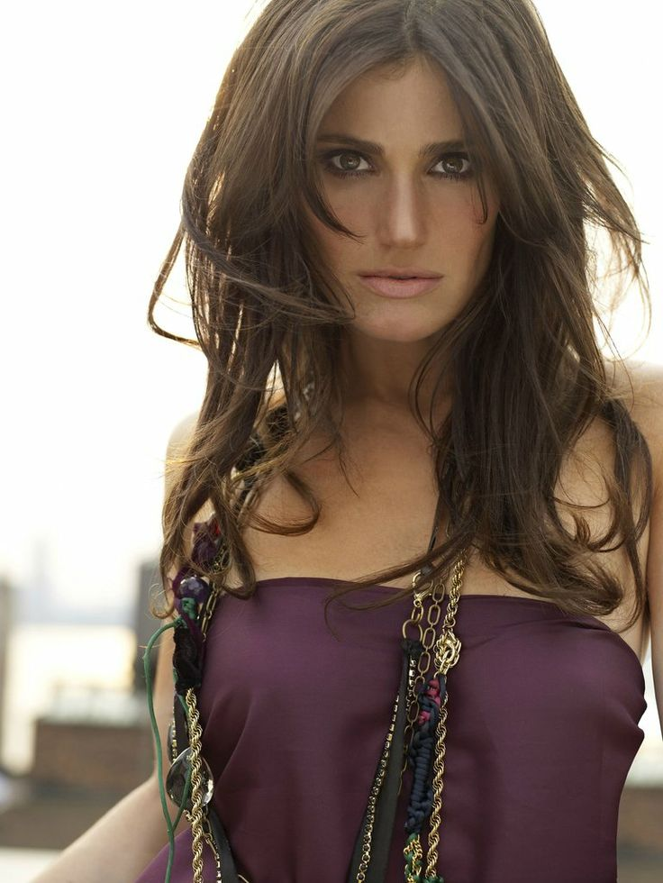 Idina Menzel, will always be one of the greatest vocalist out there from first hearing her sing in Rent than Wicked and more...