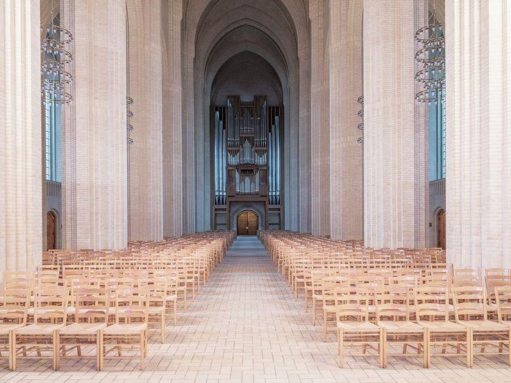 Iglesia Expresionista Arquitectura Fotos por Ludwig Favre