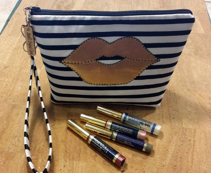 Distributors wristlet bag for LipSense, purse, black and white sptips  holds  22 lipsticks & additional supplies,shimmering golden lips by jewellgem on Etsy