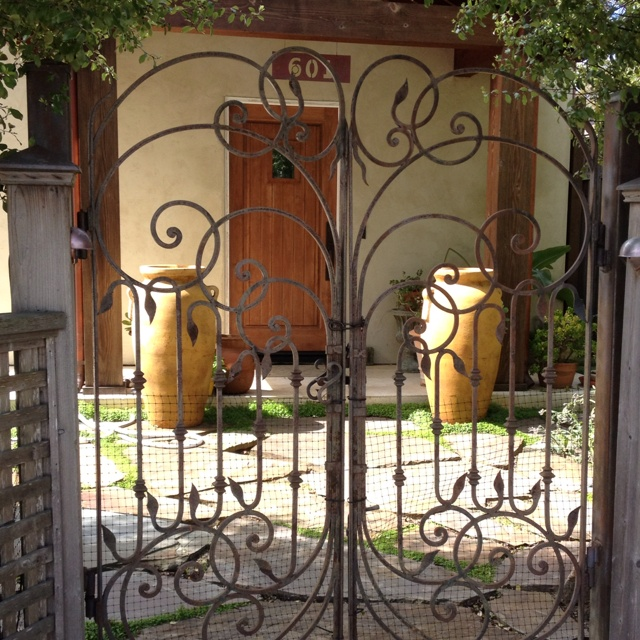 17 Best images about wrought iron on Pinterest   Gardens ...