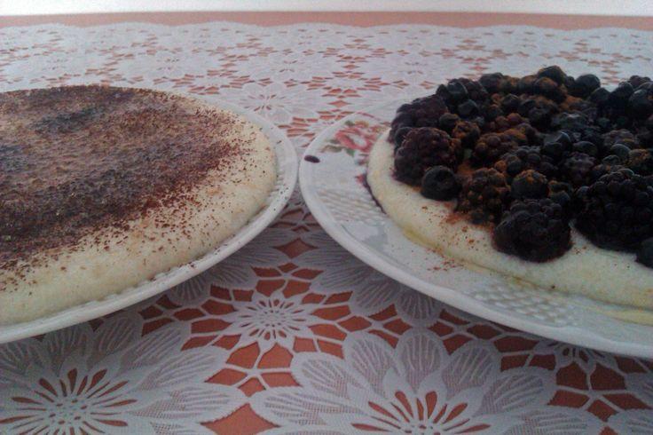 Gris in lapte cu fructe de padure si cacao cu scortisoara