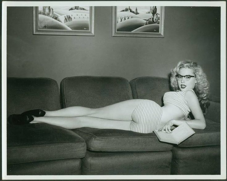 Beautiful Betty Brosmer - Imgur
