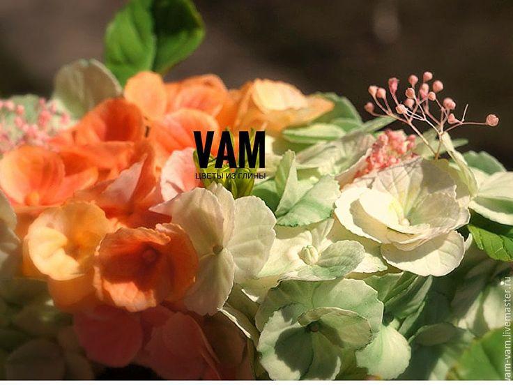 """Купить """"Неувядающая весна"""" - комбинированный, цветы ручной работы, гортензия, ранункулюсы, гипсофила, ботаническая скульптура"""