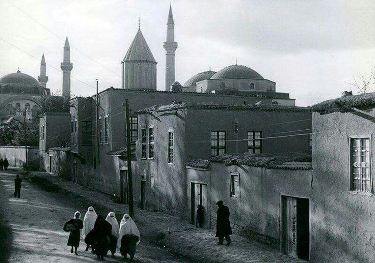 Konya Türbe önü 1960
