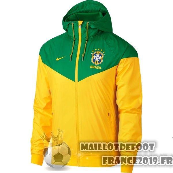 Veste foot Nike jaune Bresil 2018 Maillot de foot 2018