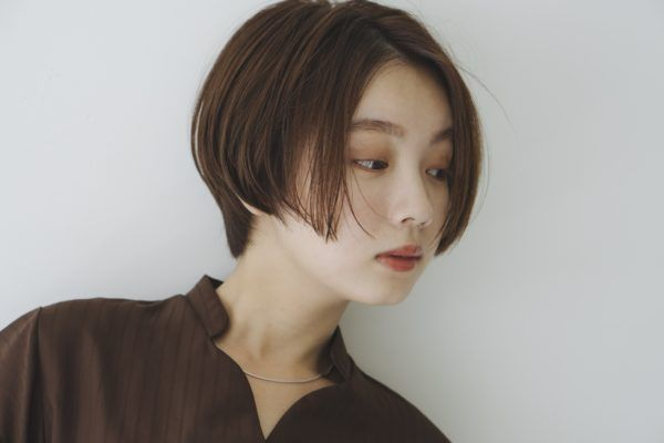 ショート センター パート ヘアスタイル髪型:「キーワード:センターパート」