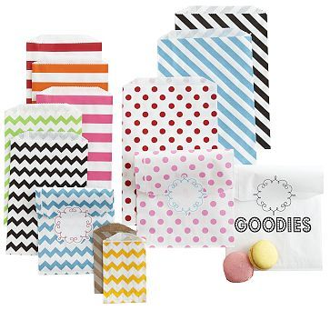 favor bags in stripes, spots and chevron.